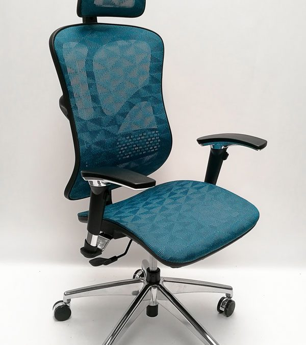 Luan-Operator-Chair-Blue-Main
